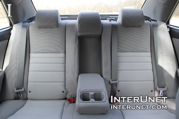 2016 Toyota Camry Le Interior In Pictures Interunet